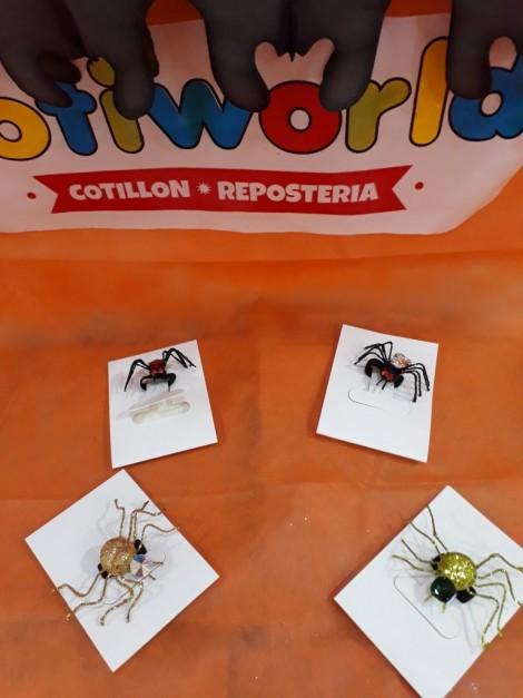 Anillos de arañas con piedra y gibre