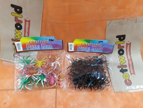 Arañas medianas de colores y negras x25 unidades